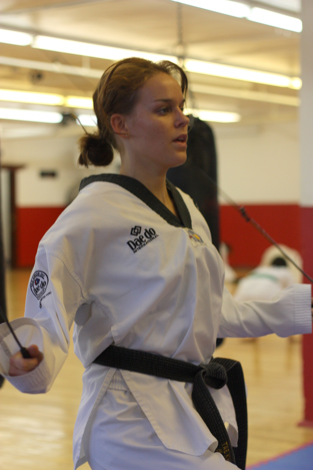 spgm/gal/Gallery_1/Taekwondo_Black_Belt_Training.JPG
